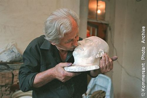 Yuck!!! Joseph Stalin's grand-son Eugeny Dzhugashvili kisses the death-mask of his grand-father. The picture was taken in the native house of Joseph Stalin.